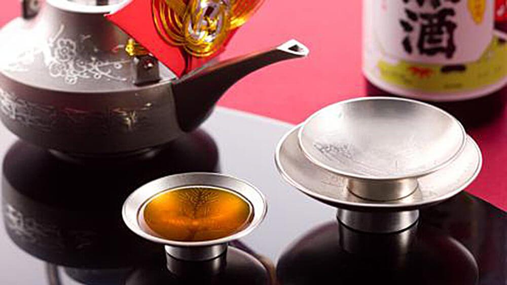 東肥(とうひ)赤酒